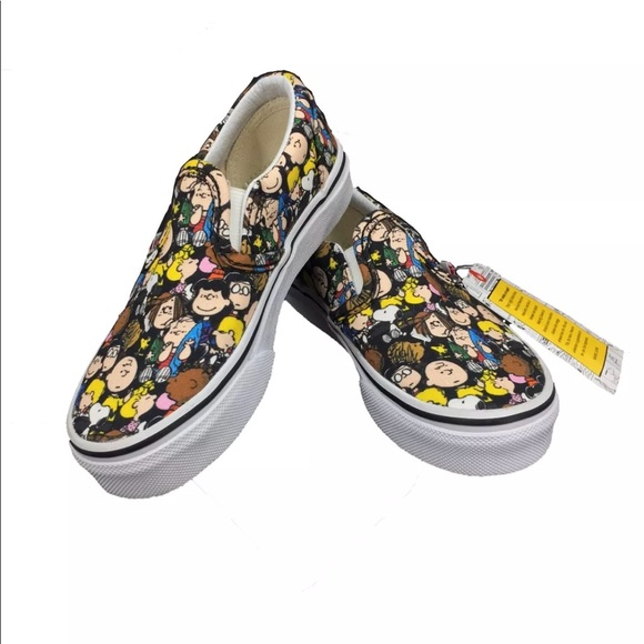 8544e660188c ➡️Host Pick⬅ Kids Peanuts Snoopy Vans Trainers